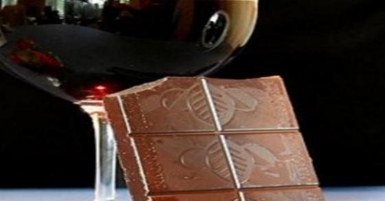 mmm-topol-napitok-od-chokolado-i-crveno-vino