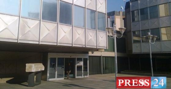 Владата ги отвара вратите за граѓаните Црвен тепих и отворена јавна седница