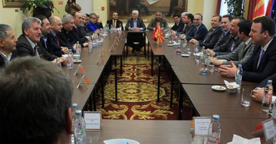 Груевски со поддршка од коалициските партнери