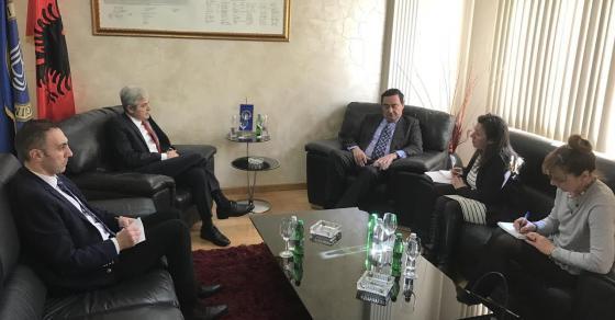 Ахмети имаше сребда со амбасадорот на Шпанија  ДУИ го достави предлог законот за албанскиот јазик