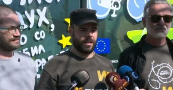 За заедничка Македонија  не се откажува од намерата за средба со Хан  Никој не смее да го игнорира народот во Македонија