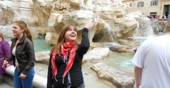 Вистинско богатство е извадено од познатата фонтана Ди Треви во Рим