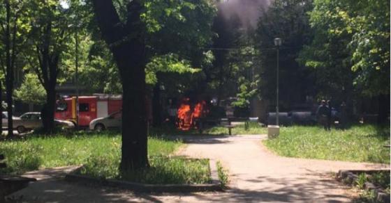 odzvonuvaat-eksplozii-i-vrisoci-vo-nov-belgrad-pozharnikarite-se-na-lice-mesto