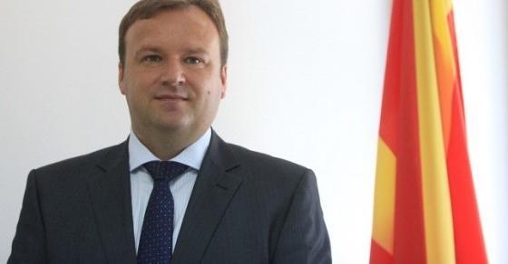 Димитриев апелира на смиреност  Македонија вчера преживеа драматичен  непријатен  тежок и непосакуван ден