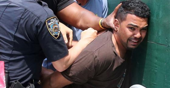 Возачот од незгодата на Тајмс Сквер  слуша гласови