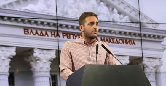 Арсовски  Заев најави дека ќе брка од работа ако немаат членски книшки од СДС