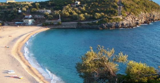 Момче од Тетово се удави во Валона обидувајќи се да спаси две девојки