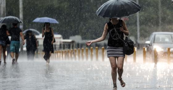 Уживавме во дождот и разладувањето   уште утре пријатно време  а потоа следува пекол