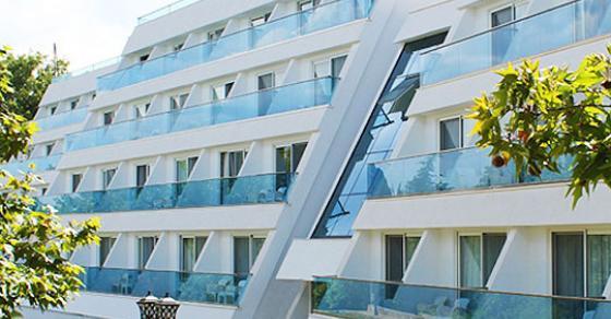 Се огласи македонскиот хотел   Труењето е од храна купена на друго место