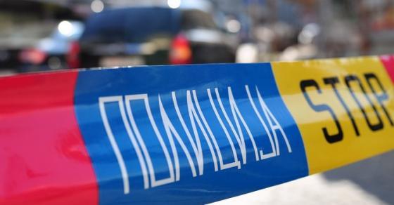 Пијан скопјанец го искршил автомобилот на соседот  па со ножици напднал жена