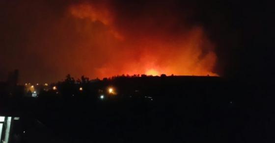 Скопско Ѓорче Петров во пламен   граѓаните бегаат од куќите