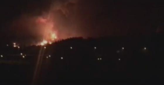 Ветрот ја влошува состојбата со пожарот во Кондово   луѓето бегаат од дома