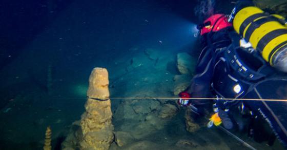 Нов рекорд  Старнавски се спушти на длабочина од 240 метри во пештерата Врело на Матка