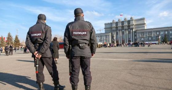 Хаос во Русија  Дојава за бомба во 7 училишта  илјадници ученици евакуирани