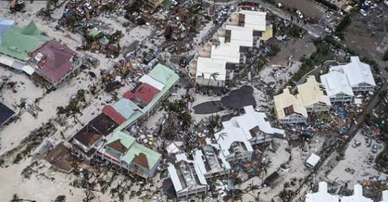 Пет лица починаа во дом за стари во Флорида по налетот на  Ирма