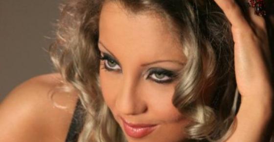 Пејачката Јасмина Мукаетова готвеше македонска храна во Америка