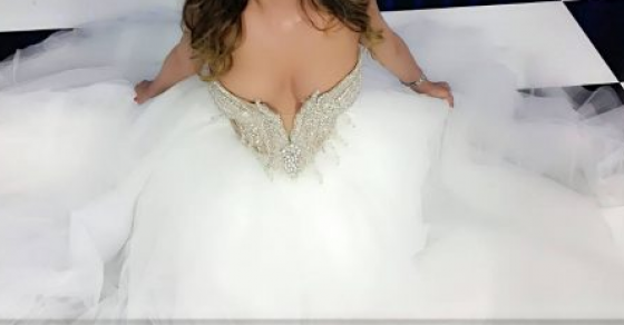 Македонската фолк пејачка објави фотографија без грам шминка