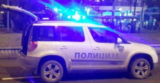 Паника на бензинска на Стража  Гореше возило