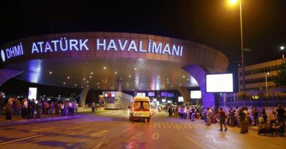Драма во Турција  Авион излета од пистата на аеродромот па се запали