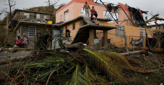 branata-celosno-unishtena-delovi-od-portoriko-propadnaa-vo-zemja-posle-uraganot-marija
