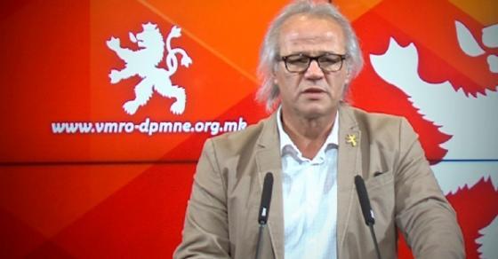 Јовановски  Заев не сака да има референдум за населување на мигрантите во општините