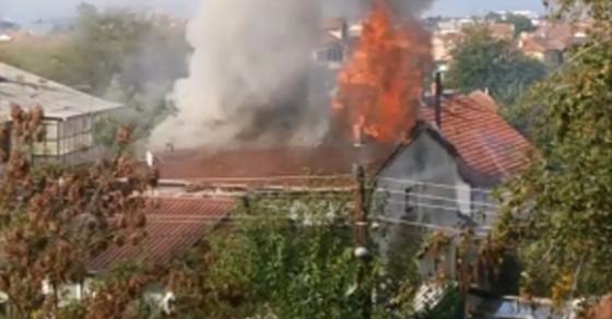 Голем пожар во Кавадарци   изгоре и куќа