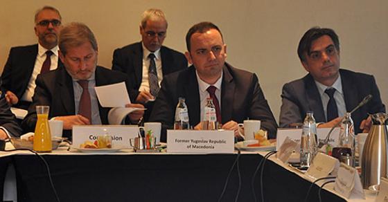 Османи  По изборите Владата целосно е посветена на реформите