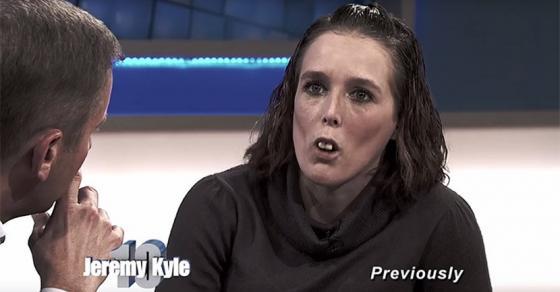 Со години ја исмевале поради забите  па одлучила на сите да им го покаже новиот изглед