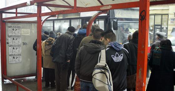Тепачка на автобуска постојка во Скопје