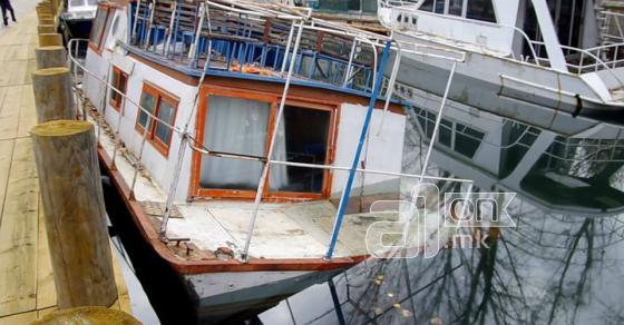 Нафта од потонат брод се излеа во каналот Студенечишта кој се влева во Охридското езеро