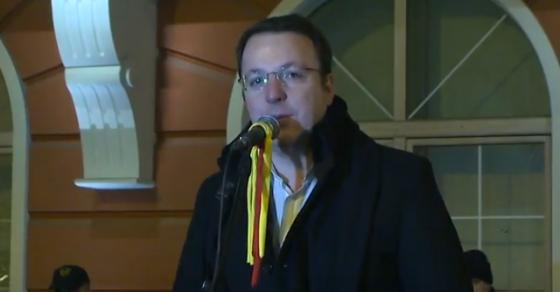 Николовски  Да се стави во 12  од пратеничката група на ВМРО ДПМНЕ  не е ништо друго освен диктатура