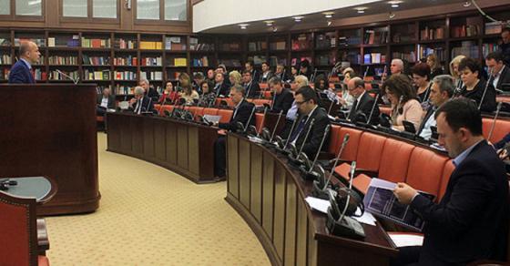 Прифатени два амандмани на ВМРО ДПМНЕ на расправата за буџетот за 2018 година