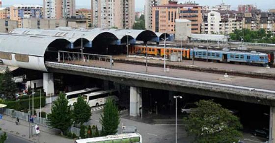 Железничкиот сообраќај во целосен прекин