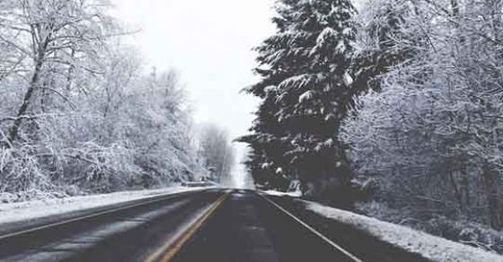 Снежна прекривка по патиштата   врнежи од снег со променлив интензитет во Македонија