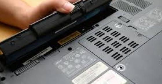 genijalen-trik-so-koj-ke-ja-popravite-baterijata-na-laptopot-preku-nok-ke-bidete-iznenadeni