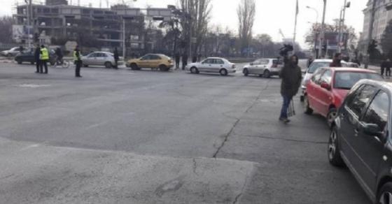 ВМРО ДПМНЕ од 15 часот со блокада на следниве крстосници
