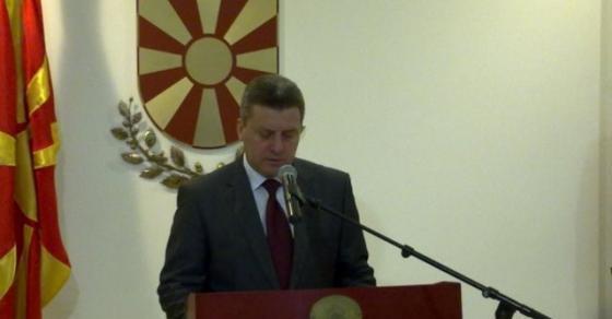 Собранието го изгласа Законот за јазиците   на потег е претседателот Иванов