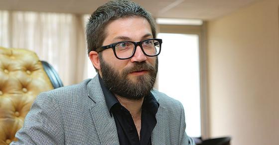 Адвокатите бараат куќен притвор за Дурловски