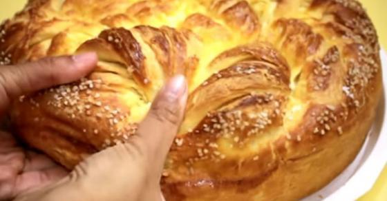 На Василица се крши леб со паричка   рецепт за највкусното тесто