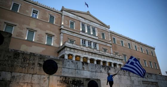 Атина од средбата Заев  Ципрас очекува напредок кон решение
