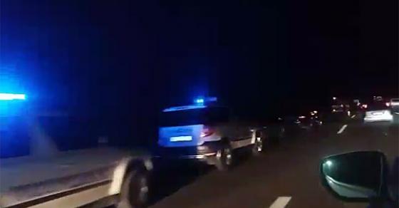 Сообраќајка кај Гиновци  сообраќајот во целосен прекин
