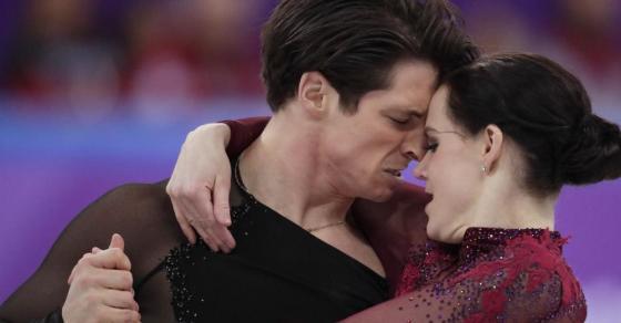 Малку претераа со страстите  Канадскиот пар беше премногу интимен па доби опомена од судиите