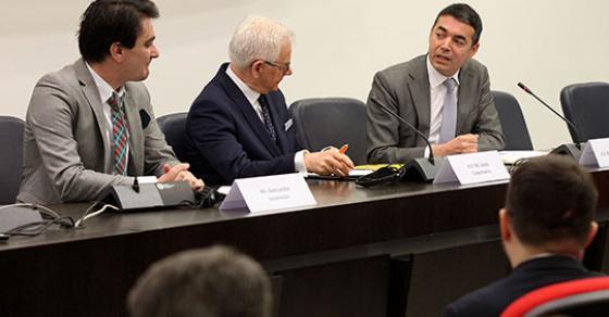 Прашањето за името и НАТО главни теми на средбата со Мичел