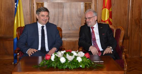 Џафери Звиздиќ  Посилна соработка меѓу парламентите на Македонија и БиХ