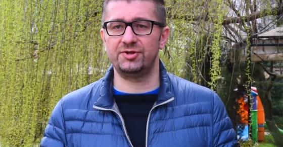 Мицкоски со видео порака  Македонија тоне  одам на терен да го чујам гласот на народот