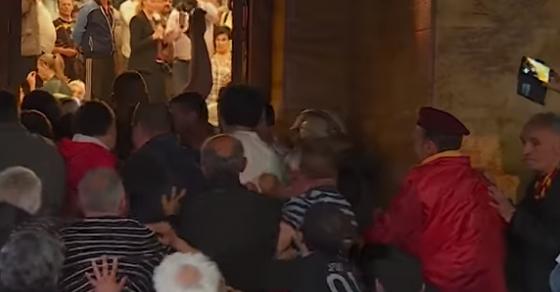 Полицаецот препозна двајца обвинети во судницата  На 27 април бев нападнат затоа што сум Албанец